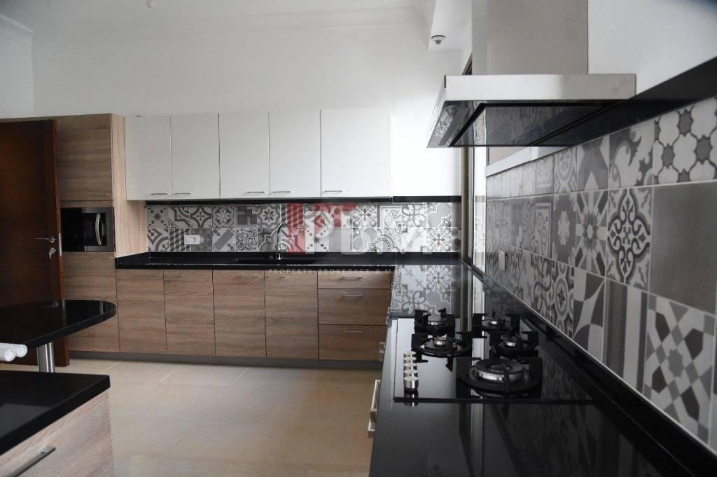 Sale Apartment Broummana